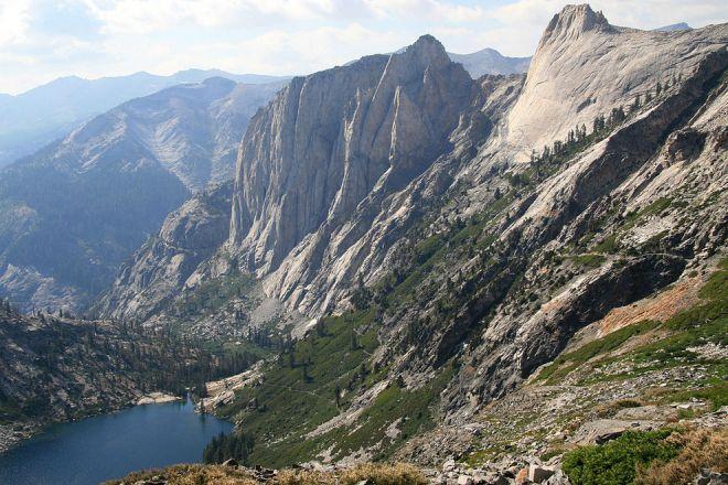 Sierra Nevada u Kaliforniji. Kritičar.